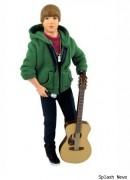 Justien Bieber als Spielzeug Puppe