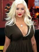 Christina Aguilera hat sich betrunken.