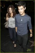 Joe Jonas machte seiner Freundin Ashley Greene zum Geburtstag eine große Freude.