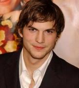 Ashton Kutcher soll Charlie Sheen bei Two and a Half Man ersetzen