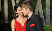 Justin Bieber geht mit Selena Dessous shoppen.