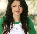 Selena Gomez ist 18