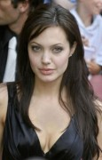 Angelina Jolie steht weit oben auf der Forbes Liste
