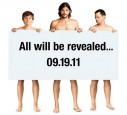 Auch auf dem Promotion-Plakat sind er und seine Kollegen nackt.