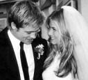 Hochzeitsfoto von Brad Pitt und Jennifer Aniston
