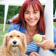Diana Eichhonr moderiert eine Tier Show