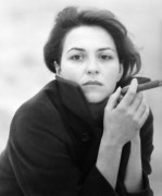 Martina Gedeck als junge Frau