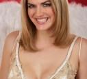Nina Bott mit langen haaren