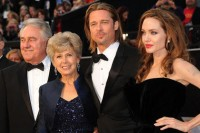 Jane, William und Brad Pitt + Angelina Jolie